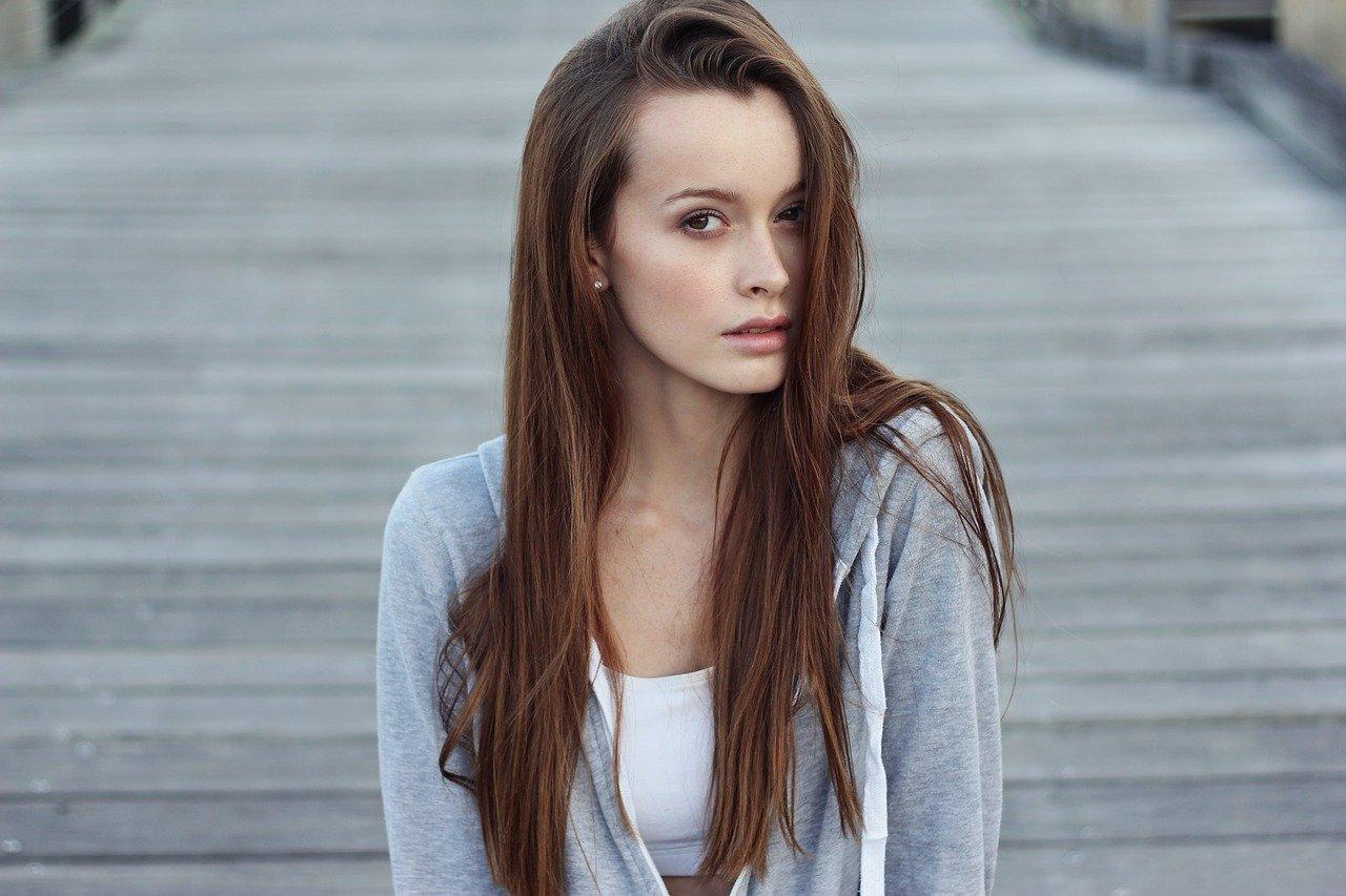 cheveux lisses